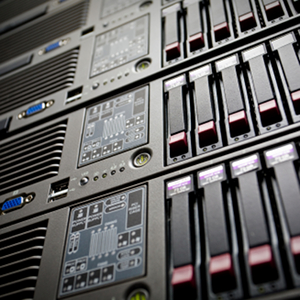 Onsite Versus Hosted Servers – Which One Is Right for Your Business?